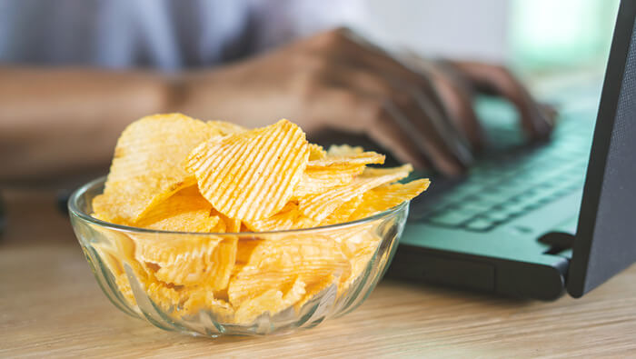5 Top Tips To Stop Mindless Snacking